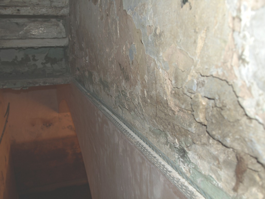 How To Spot And Control Condensation And Mould Growth - Damp basement walls