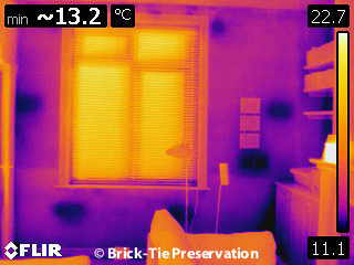 Thermal image od damp wall in Leeds